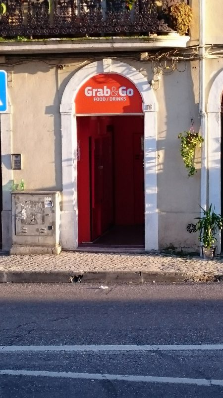 Grab&Go Coimbra - Rua do Brasil